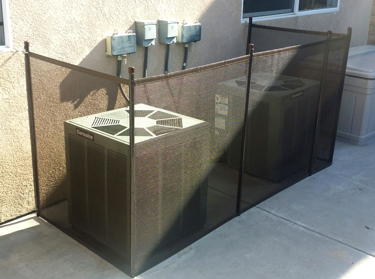 Using Removable Fencing To Secure Off The Pool Pump And
